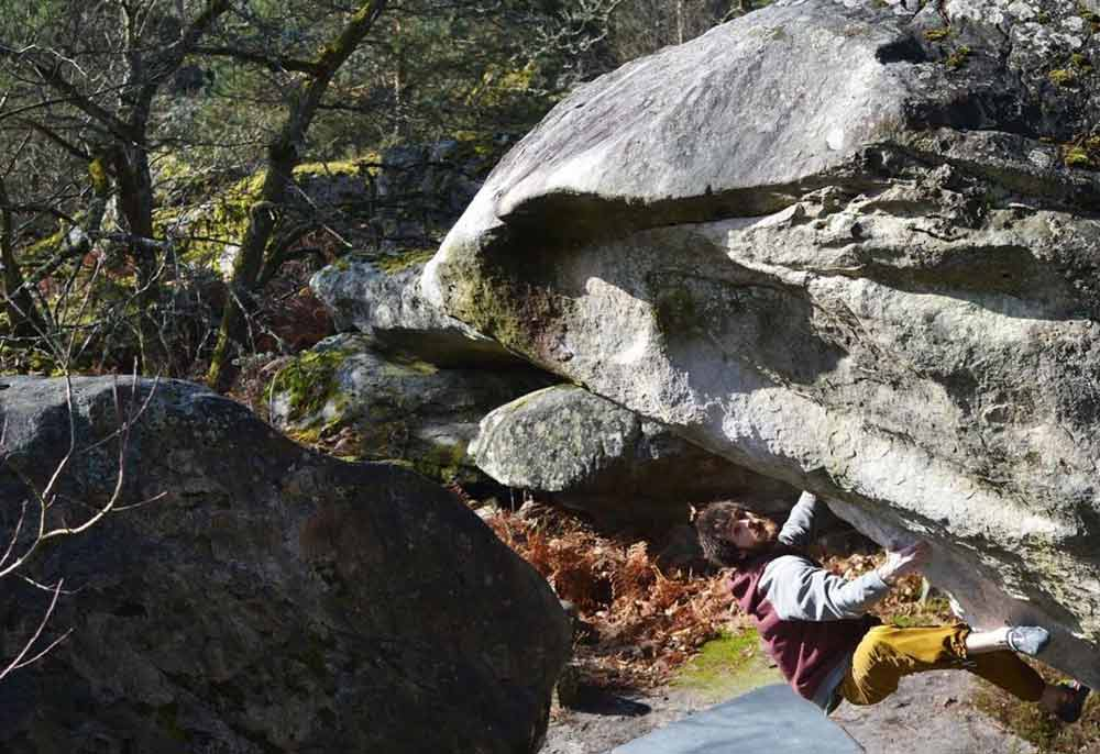 Jimmy Webb in seinem Boulderprojekt in Fontainebleau