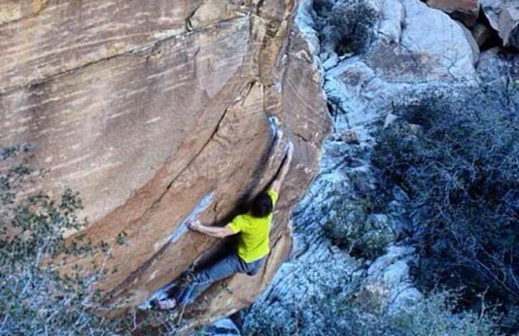 Nils Favre in Kintsugi - Red Rocks Nevada