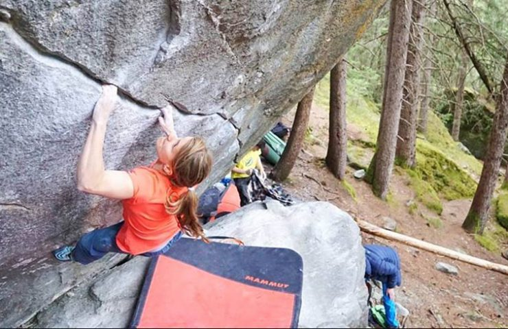 Anna Stöhr in New Base Line im Magic Wood - Averstal