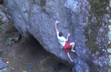 Giuliano Cameronia klettert Grande gigante gentile im Val Bavona
