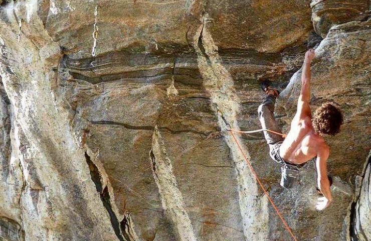 Alexander Rohr climbs Muy Verdes in Flatanger - Norway
