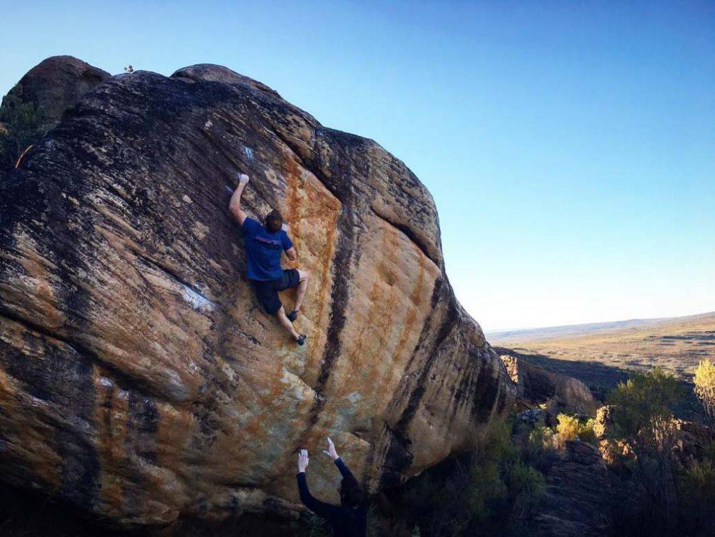 Ned Feehally klettert Trust Issues in den Rocklands - Südafrika