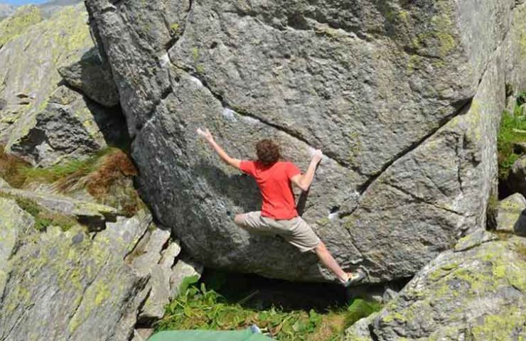 The Ticino Giuliano Cameroni manages 8c first ascent Hazel Grace on the Gotthard Pass