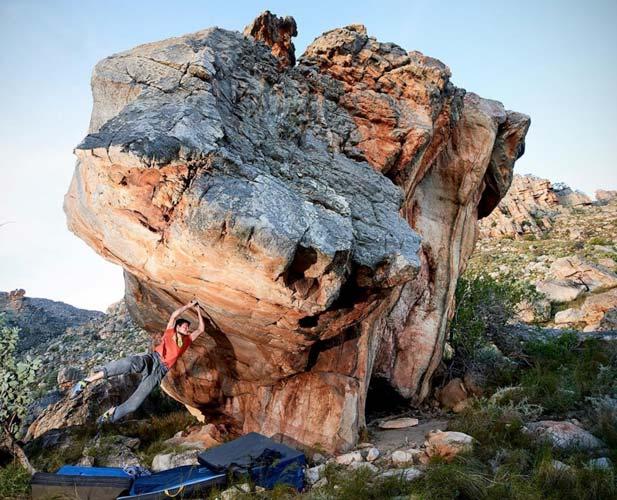 Paul Robins logra el primer ascenso de Dragons Guardian en Dreihook - Sudáfrica