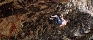Adam Ondra klettert die erste 9a Israels