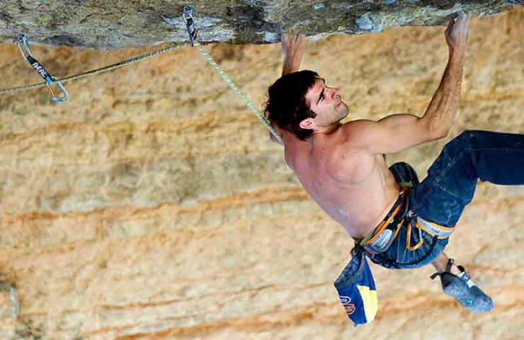 La guía de escalada de Tarragona ya está disponible digitalmente.
