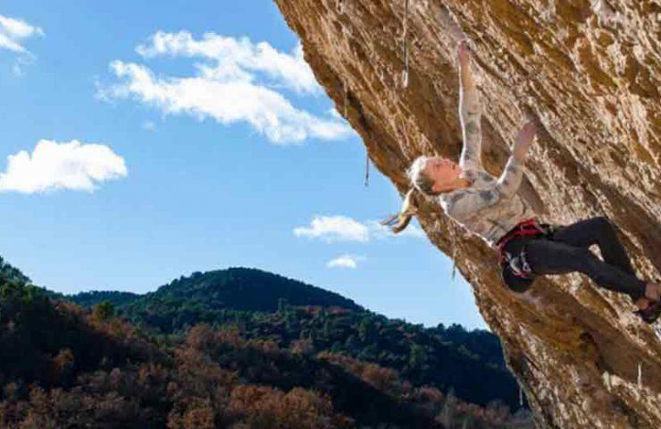 Janja Garnbret klettert Selecció Natural (9a) in Santa Linya