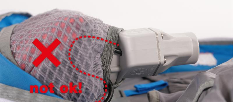 Mammut avalanche backpack_Control check check_Main compartimiento cable de control control_falsch.jpg
