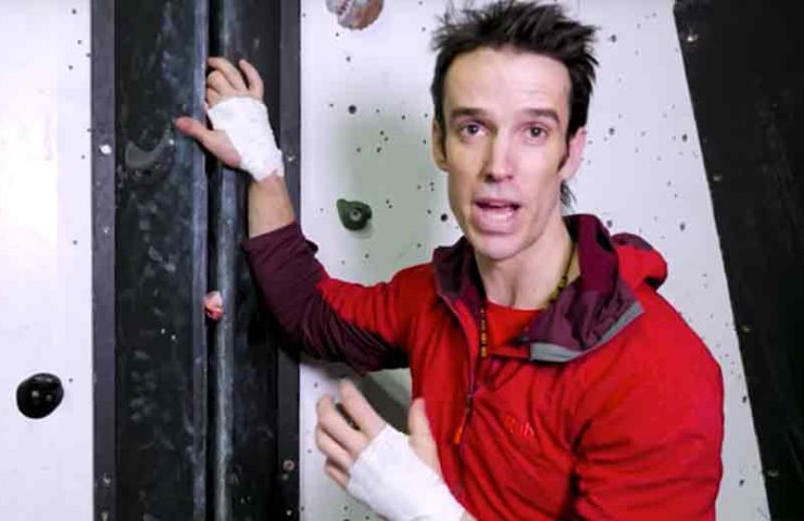 Tips for crack climbing by Tom Randall