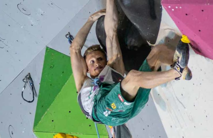 Janja Garnbret und Jakob Schubert gewinnen den Weltcup in Arco