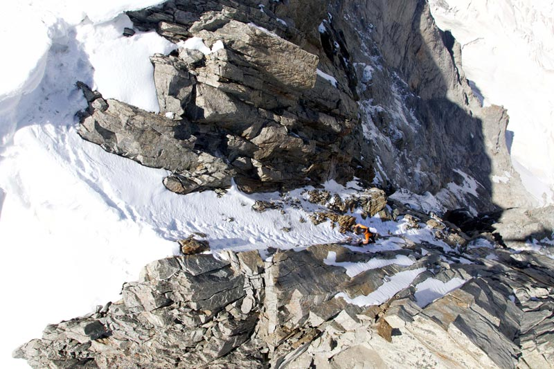 Dani Arnold escalada-an-der-Grandes Jorasses-