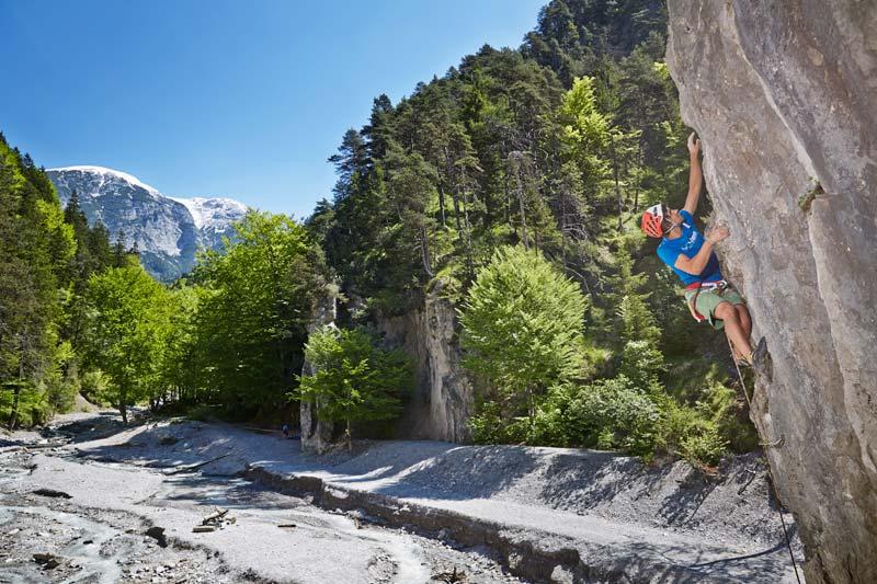 Was für ein Ambiente! Klettern in der Ehnbachklamm.