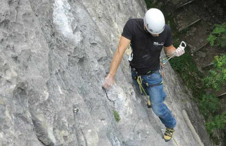 You should know these Swiss Trad climbing areas