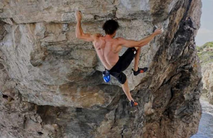 Jan Hojer manages the third ascent of the DWS route Es Pontas in Mallorca