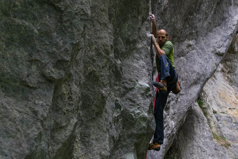 Mathieu Holtz at the celebration of his first 9a - Les rats sous marins (picture zVg).