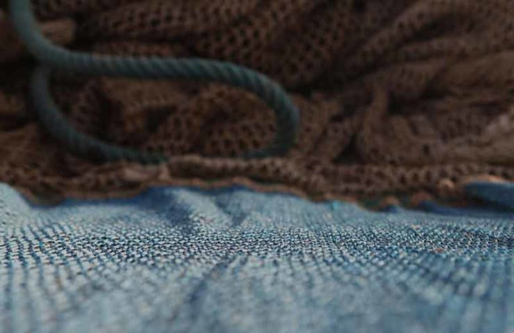 Ternua makes clothes from old fishing nets and dyes them with walnuts