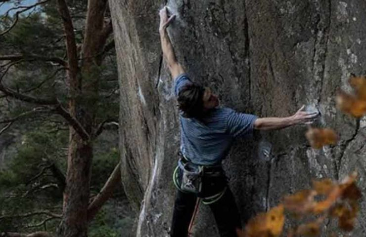 Shawn Raboutou: Route L'Oeuvre (8c + / 9a) and Boulder Fondation Edge (8c) quickly scored