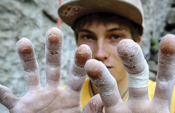 Alexander Megos in Begehungslaune: Alma Blanca und Esperanza im Bouldergebiet Hueco geklettert