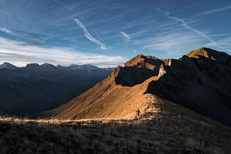 Si tienes proyectos como Nicolas, tienes que entrenar mucho. Como aquí en la cadena Niesen. (Imagen D. Bleuer)