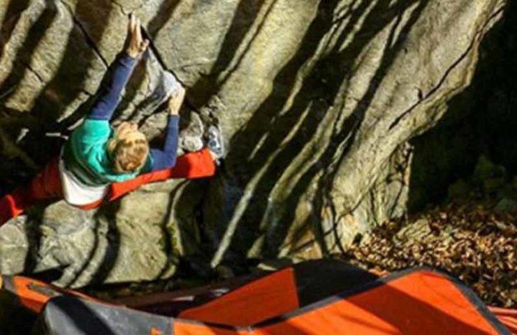 Alexey Rubtsov begeht reihenweise neue Boulder im Val Calanca: Last Samurai, Il Toro und Silver Surfer