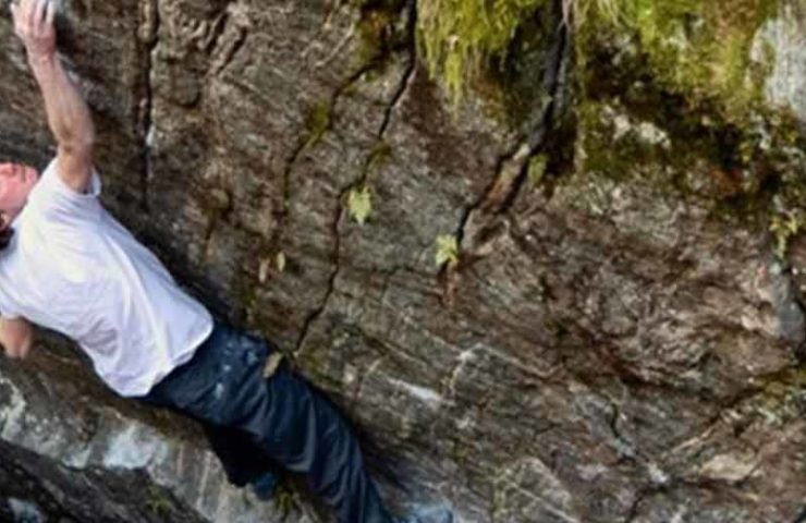 Giuliano Cameroni climbs the second 8c + Boulder in Switzerland with Poison the Well
