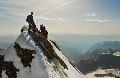 More and more city dwellers go to the alpine clubs