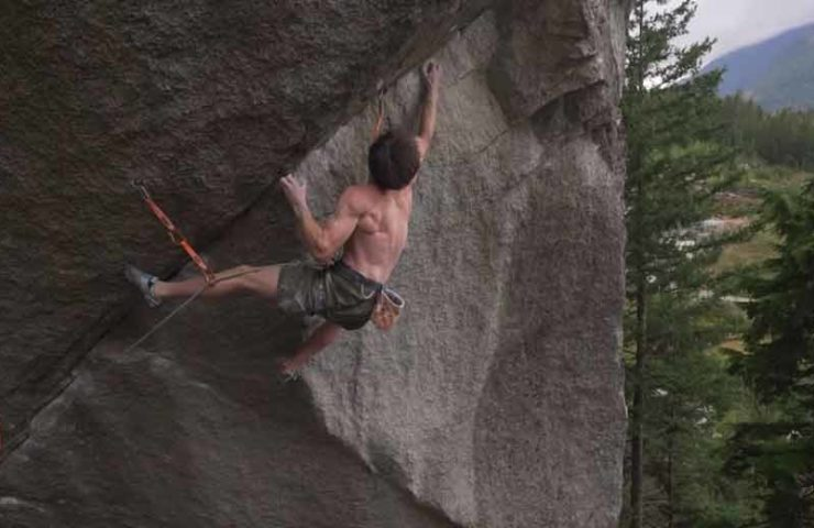 Video: Jimmy Webb escala el clásico Squamish Dreamcatcher