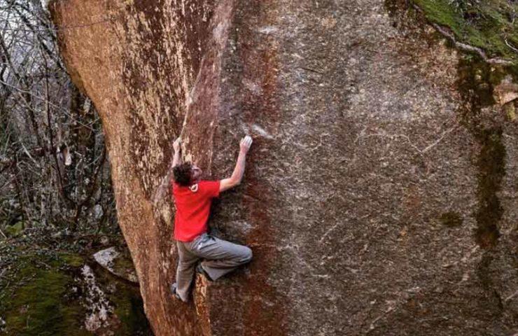 Giuliano Cameroni eröffnet neue Traumlinie im Val Bavona: Red Feather