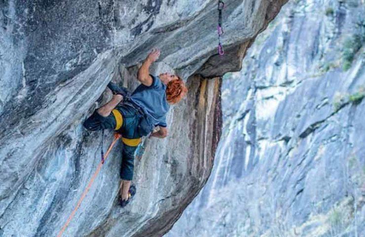 Sean Bailey punktet Dave-Graham-Route Coup de Grâce im Val Bavona