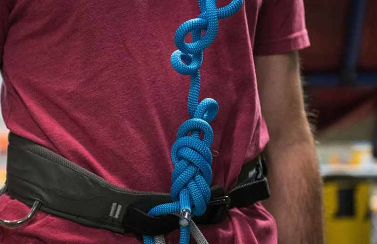 Are crane jaws dangerous in the climbing rope?