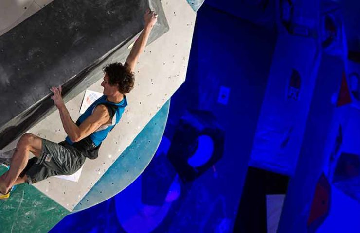 Adam Ondra explains: This is how bouldering competition works