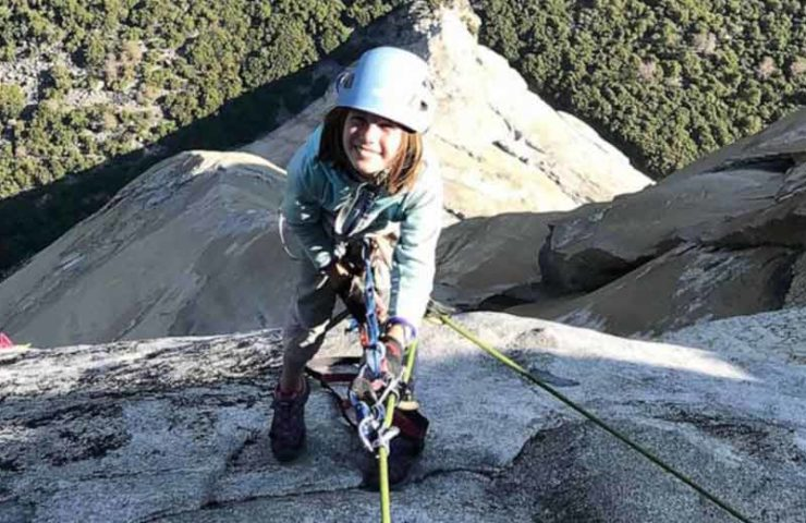 10 year old climbs El Capitan in Yosemite Valley