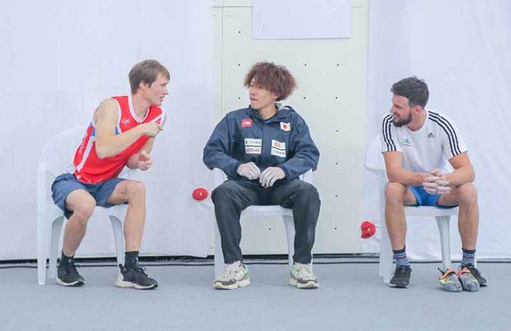 Athletes Ask Athletes - Serie de entrevistas con atletas profesionales