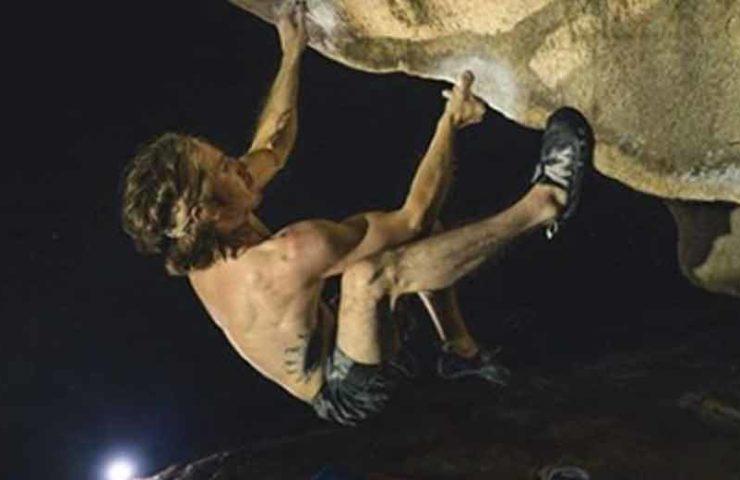 Es-geht-noch-schwerer--Daniel-Woods-eröffnet-den-Boulder-Direct-Hit-und-schlägt-8c-vor.jpg