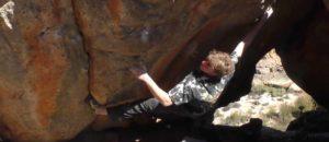 Giuliano Cameroni klettert Cosmic Artifact in den Rocklands