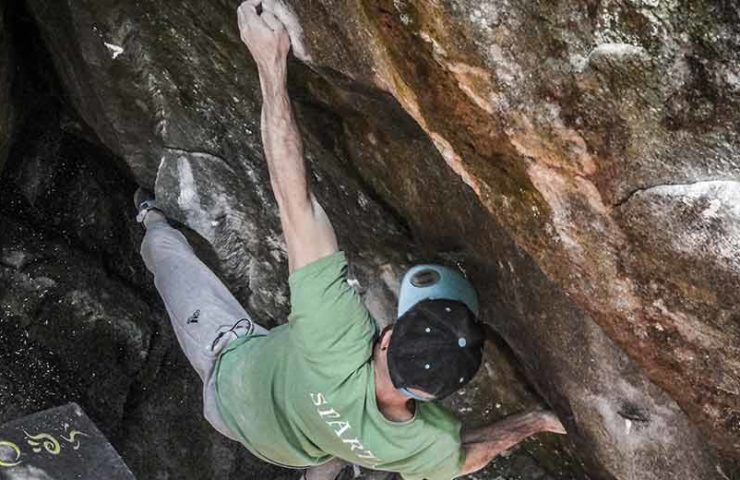 Giani Clement bouldert Ill Trill und New Base Line im Magic Wood