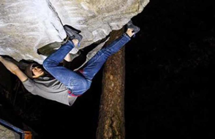 Ryuichi Murai climbs Off The Wagon (8b +) while wet - and more