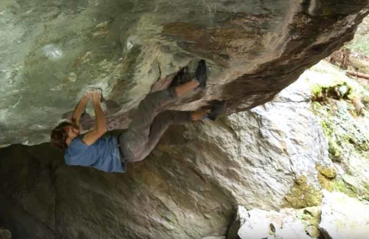 Video: Clément Lechaptois during the ascent of the Boulders Foundation's Edge