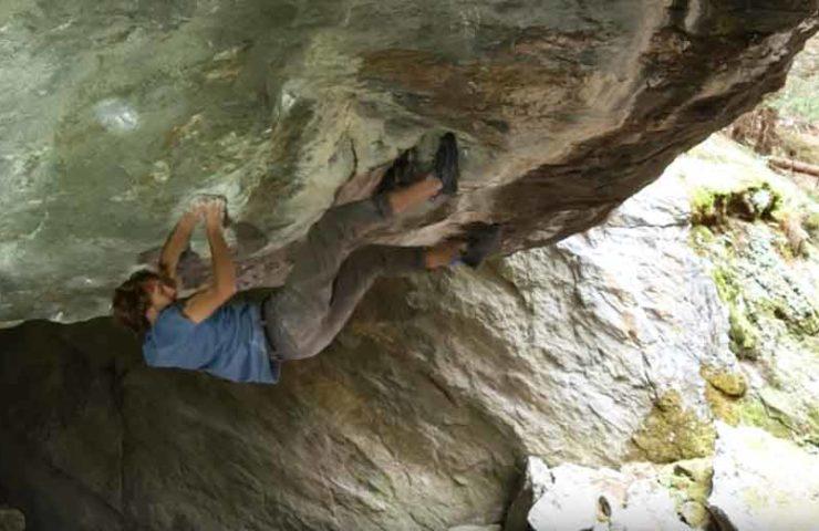 Video: Clément Lechaptois bei der Begehung des Boulders Foundation's Edge
