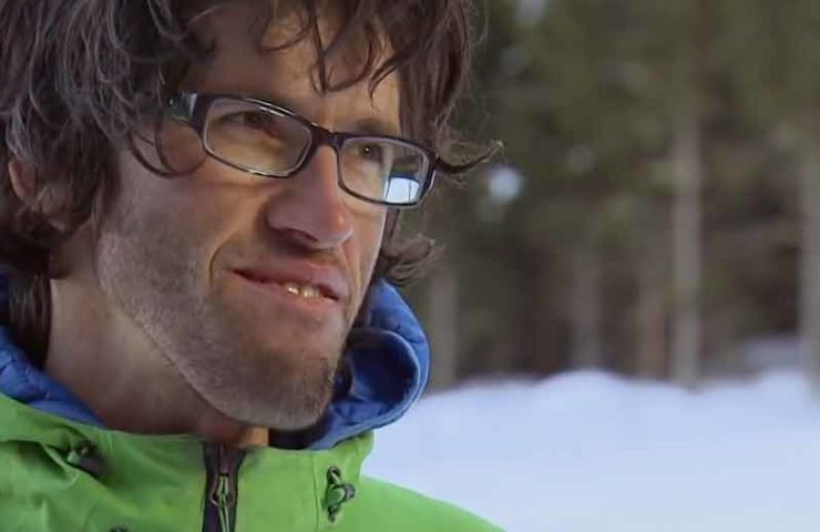 Este reportaje muestra a los dos alpinistas fallecidos David Lama y Hansjörg Auer