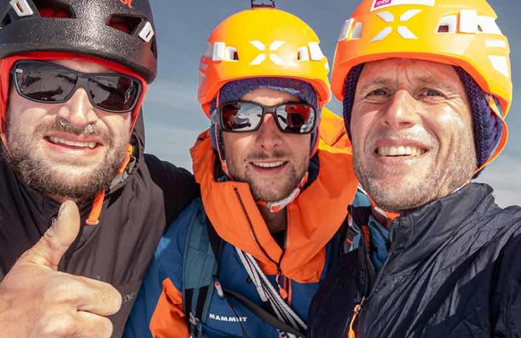Primer ascenso del muro noreste de Cerro Cachet por Nicolas Hojac, Stephan Siegrist, Lukas Hinterberger y Tobias Hatje