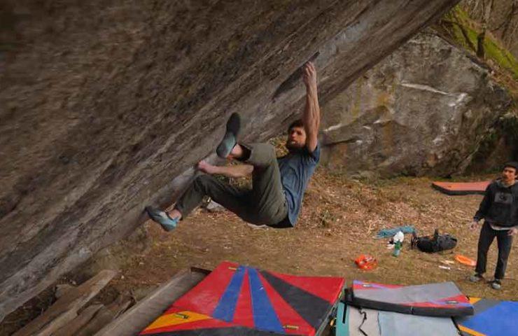 Jimmy Webb klettert Off the Wagon sit (8c+) im Val Bavona