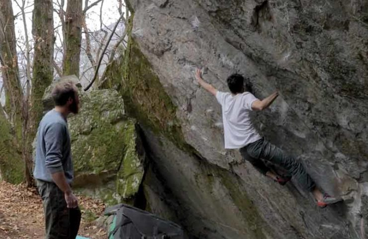 Paul Robinson: Second ascent of the boulder Murder One (8a +) in Cevio
