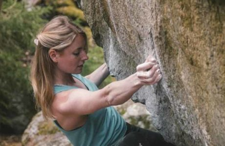 Matilda-Soederlund-klettert-sich-mit-Armstrong-assis-in-den-Olymp-der-stärksten-Frauen