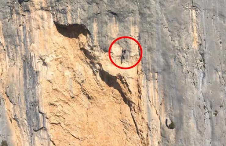 France uses drones to hunt climbers