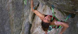 Melissa Le Nevé klettert als erste Frau Action Directe (9a)
