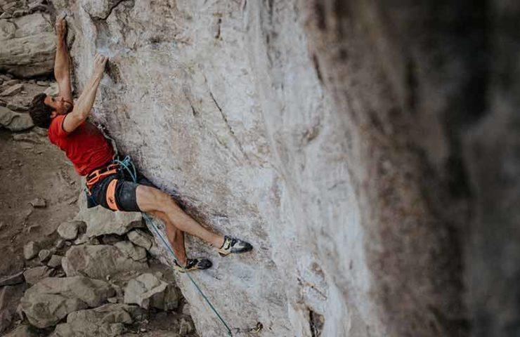 Profialpinist Nicolas Hojac stark am Fels: Mission Miranda im Lehn gepunktet