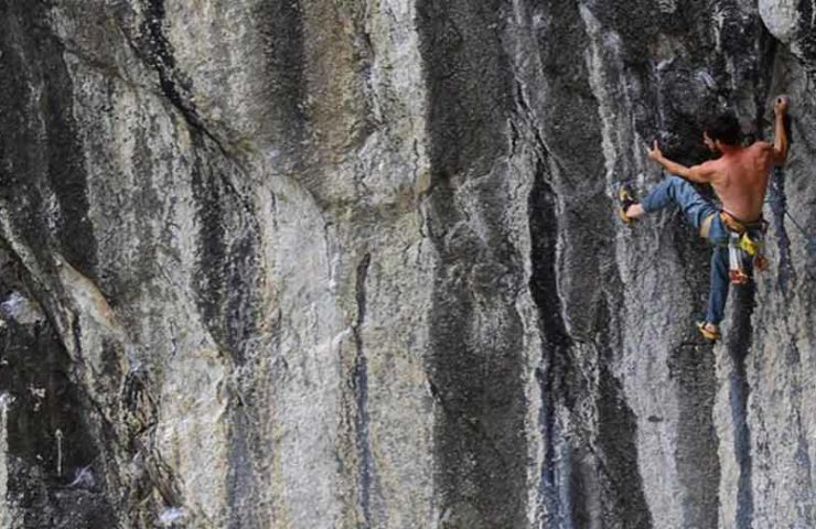 Climbing guide Plaisir Süd Vol. 1 & 2 - available now