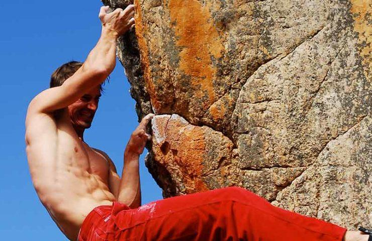 Lesión del ligamento en anillo durante la escalada: síntomas, razones y prevención