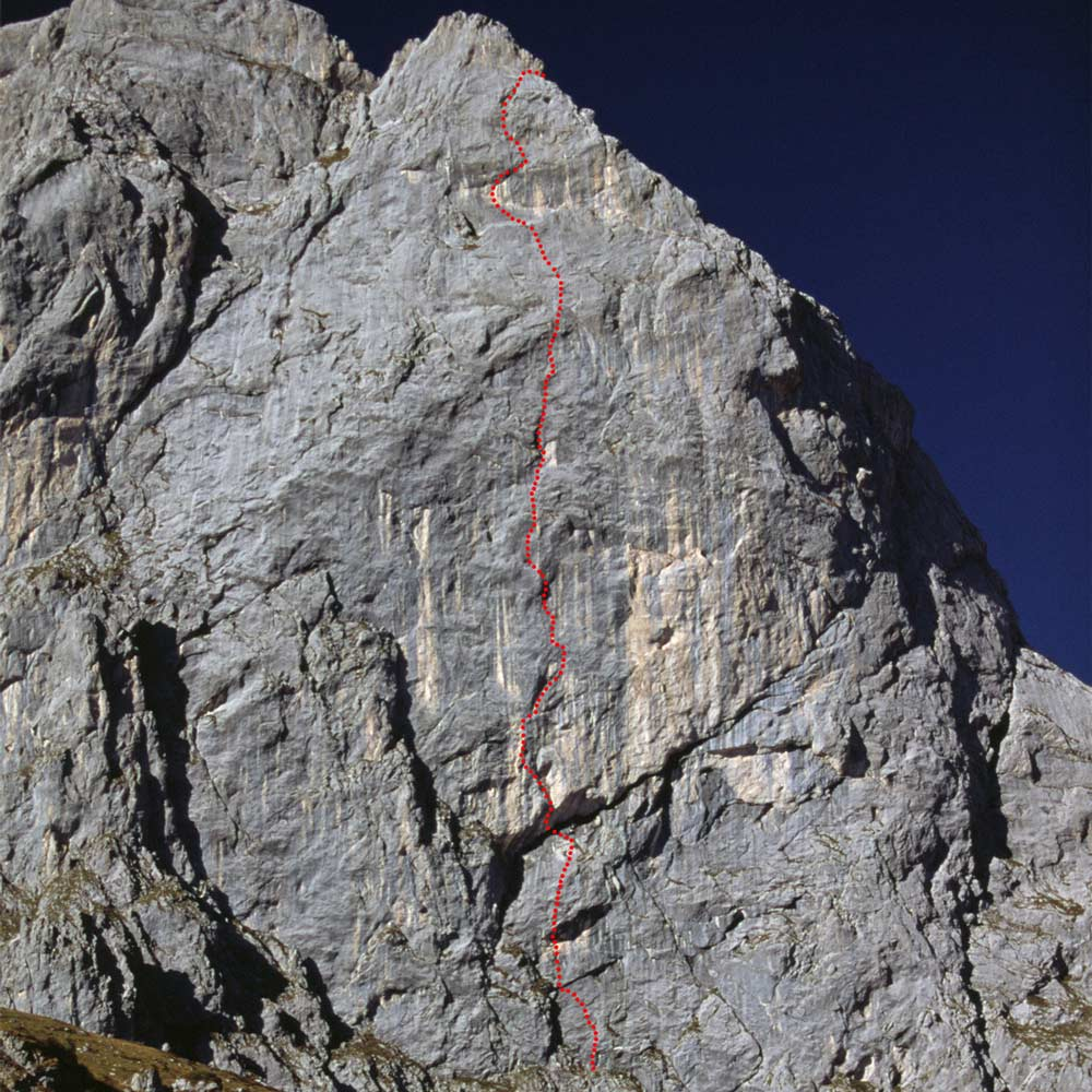 This is how the Never Ending Story route runs at the 7th Kirchlispitze in the Rätikon. (Photo Beat Kammerlander)